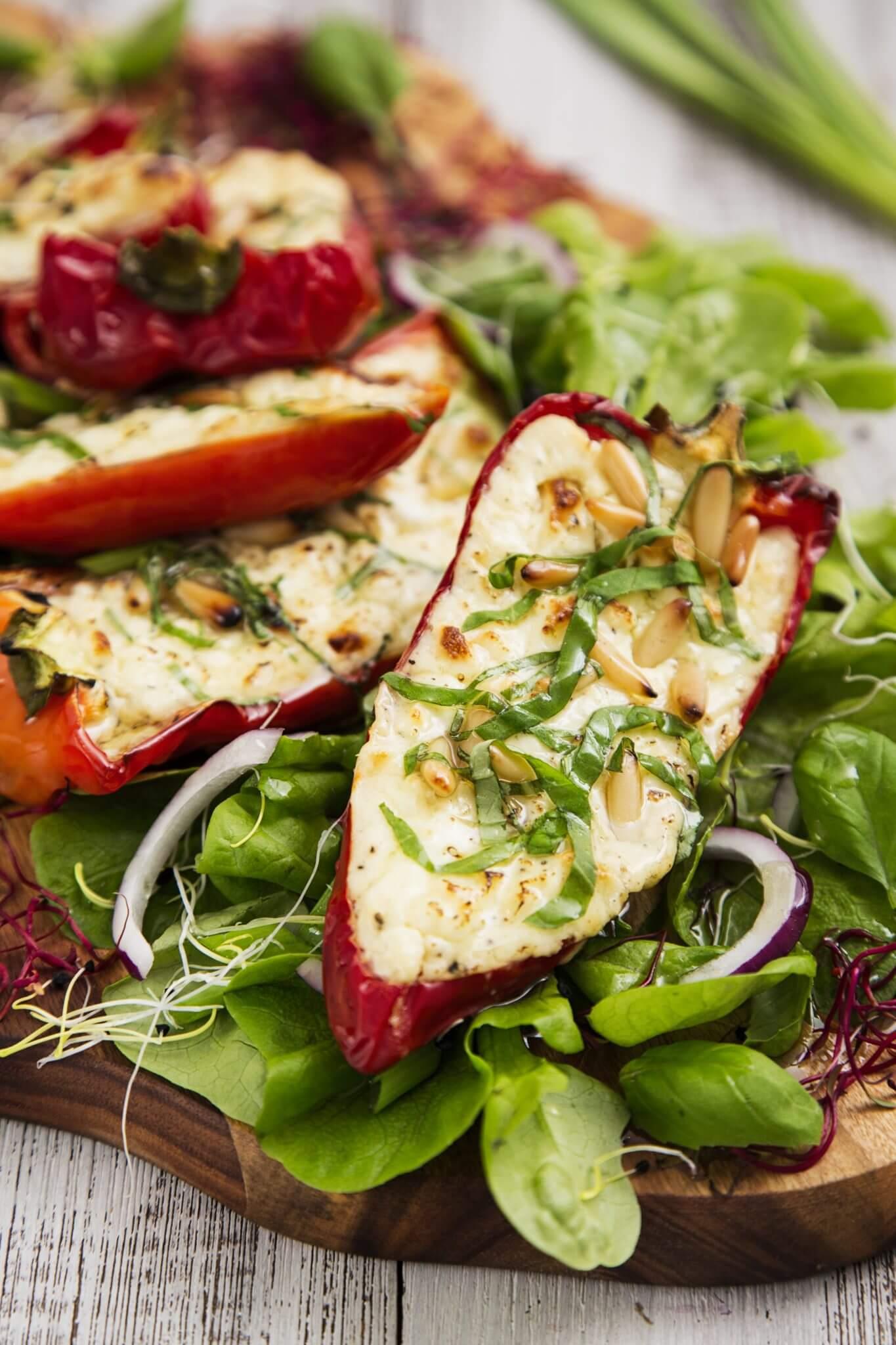 Papryka zapiekana z serem feta