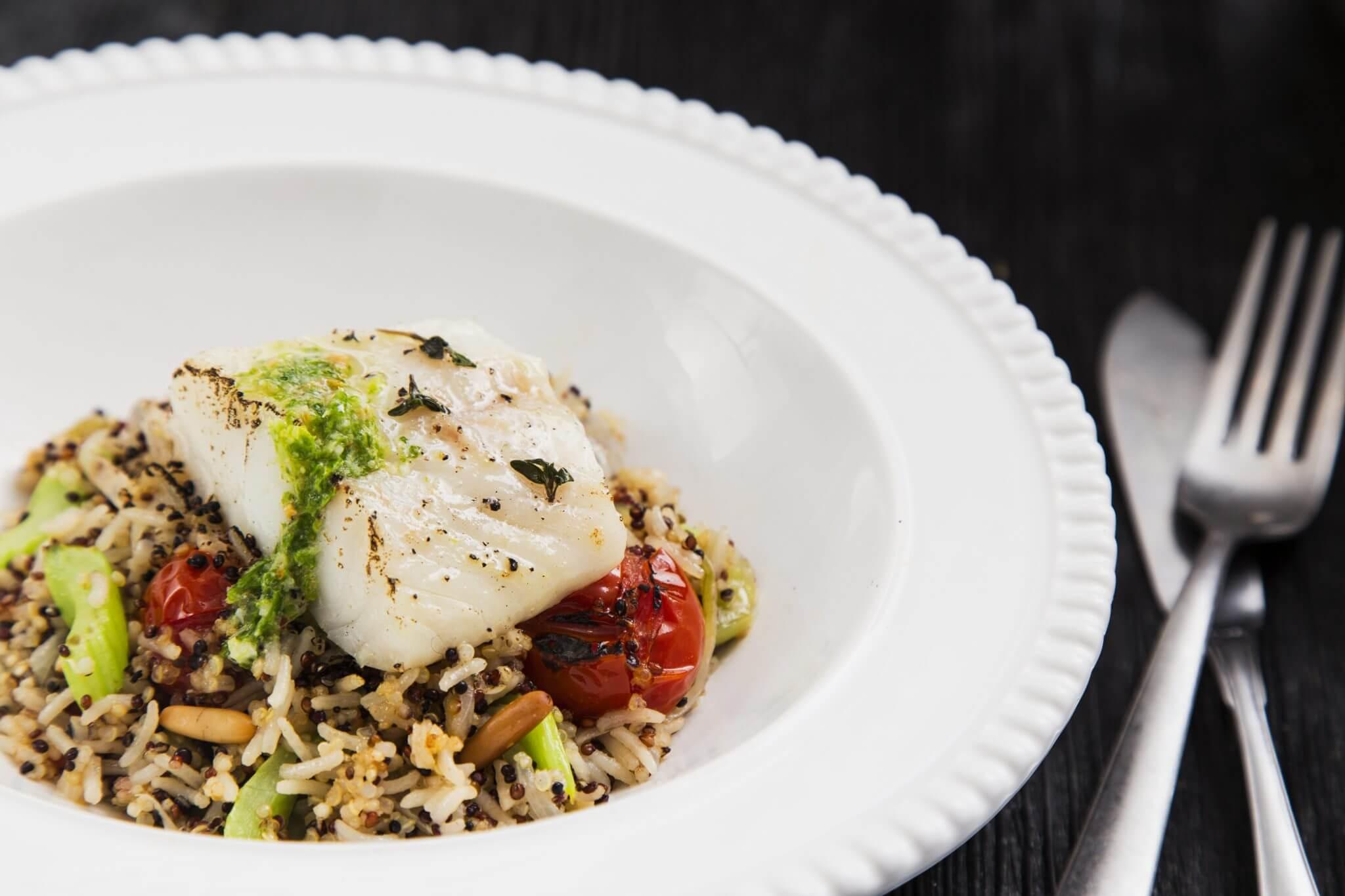 Pilaw z quinoa z rybą