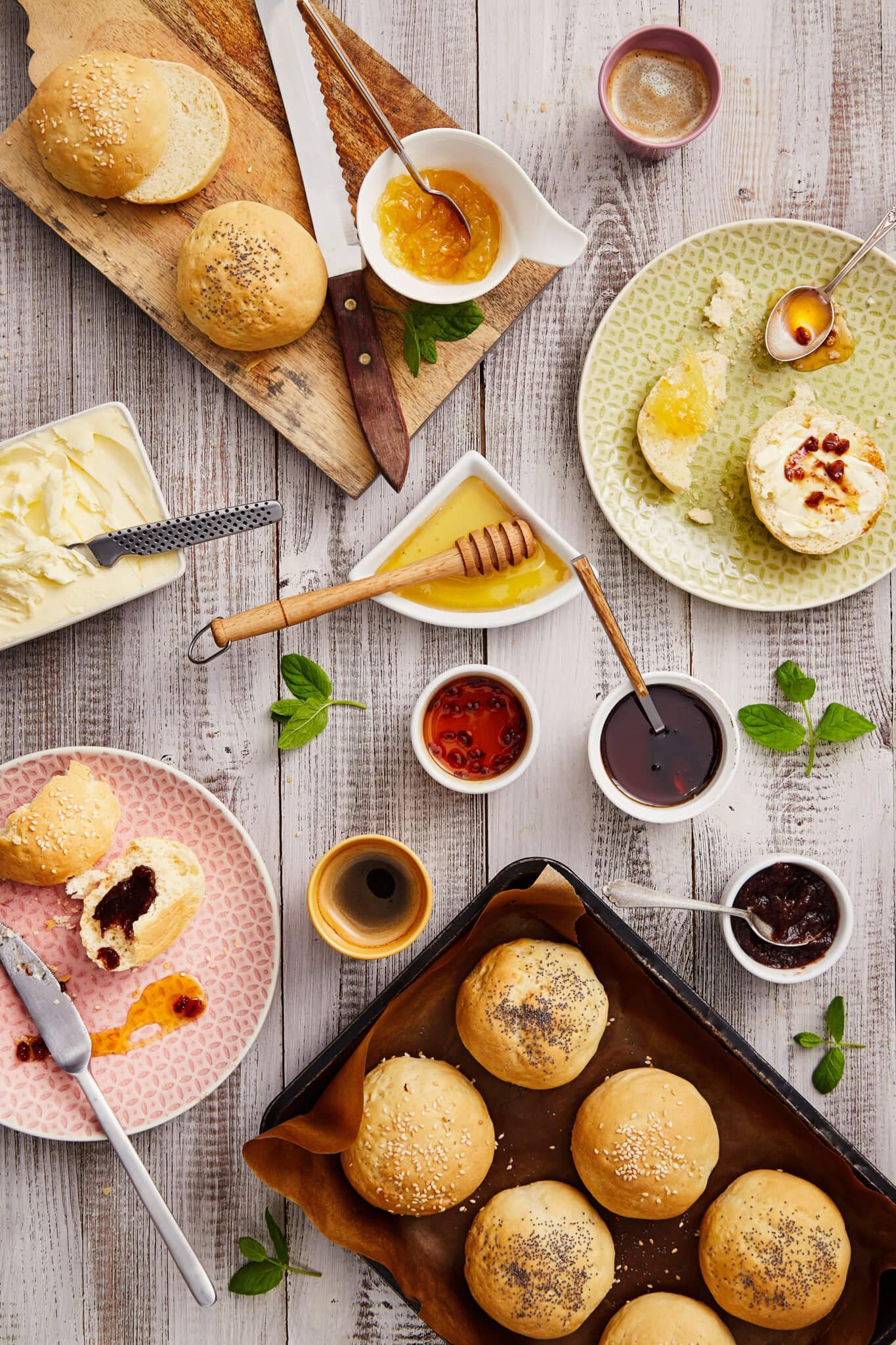 sezamowe-i-makowe-buleczki-maslane